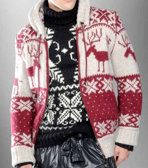 красно-белая куртка на подкладе жаккард олени и норвежские снежинки