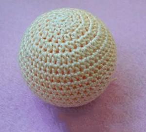 вставляем тенисный шарик 2