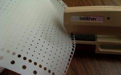 перфоратор для набивки отверстий на перфокарте