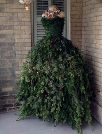 Вместо елки - Дама в платье из веток