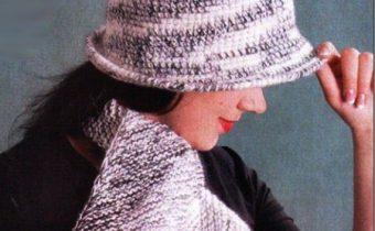 Комплект из шапки крючком и шарфика спицвми