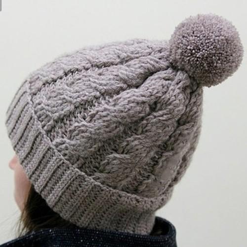 шапка узором косы