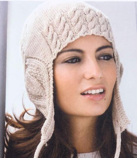женская вязаная шапочка с ушками с описанием и схемами аранов