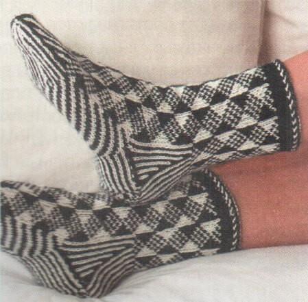 Носки в скандинавском стиле