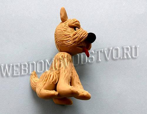 готовая пластилиновая собачка