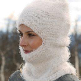 Cвязать шапку спицами для женщины новые модели